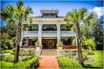 Charming all visitors - the nationally lauded Herlong Mansion Historic Inn (1845) provide services for day-trippers and stay-overs.