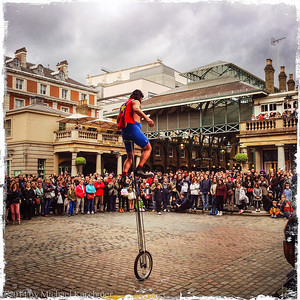 Busker and his Audience, Covent Garden, London (May, 2014)
