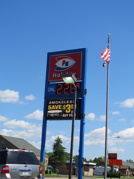 """Ironwood Michigan $2.289/gal at 8.760 gallons total $20.05 (amount to get to Morris, Minnesota)<br /> Ryden's Gas Station $2.169/gal at 8.389 gallons total $18.20 (amount to get to  Ironwood, Michigan)<br /> Exxon in Shoreview, Minnesota $1.999/gal at 9.829 (almost """"E"""") total $19.65 to get to Grand Portage, Minnesota (North Shore Drive)<br /> <br /> TOTAL $57.90/3=$19.30 each passenger<br /> <br /> <a href=""""https://salphotobiz.smugmug.com/Travel/Michigan-Upper-Peninsula/i-r4gmn6f"""">https://salphotobiz.smugmug.com/Travel/Michigan-Upper-Peninsula/i-r4gmn6f</a>"""