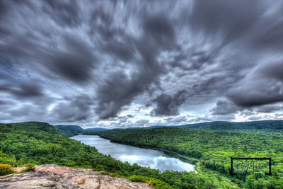 Lake_of_the_Clouds-1015