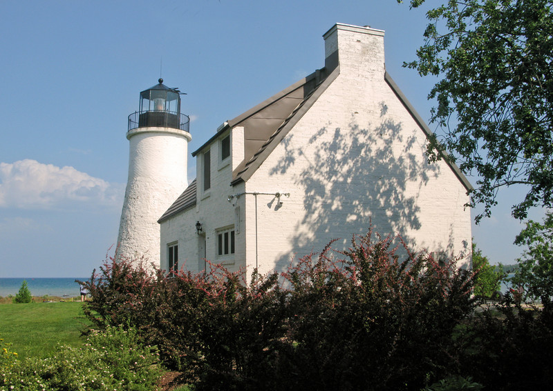 Old Presque Isle Lighthouse 2