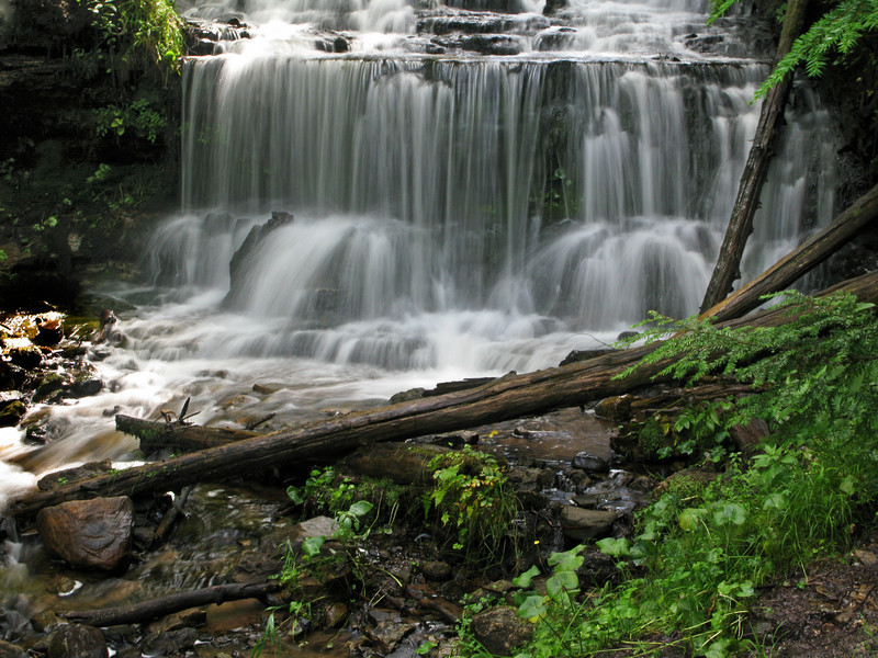 Munising waterfall (2)