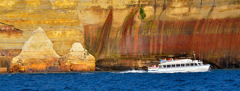 Viewing the Pictured Rocks