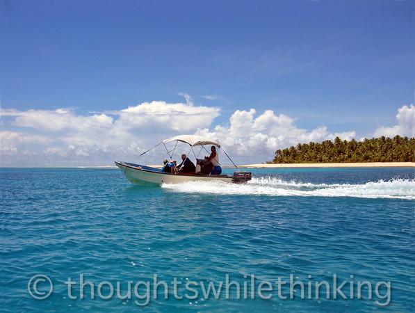 Micronesia 2007 : underway to Yeweech Island for Ulithi Lagoon snorkeling IMG_1331.JPG