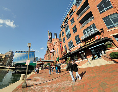 Food, shopping and great entertainment - Inner Harbor has it all!
