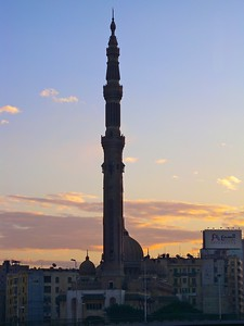 Al-Fath Mosque has the highest minaret in Cairo