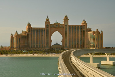 Atlantis Hotel, on the Palm