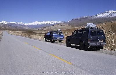 Jeeps near Zagros Mountains