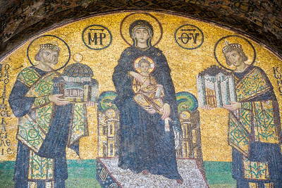 Mosaic of Constantine the Great, the Virgin Mary, and Emperor Justinian over a side exit of the Hagia Sofia