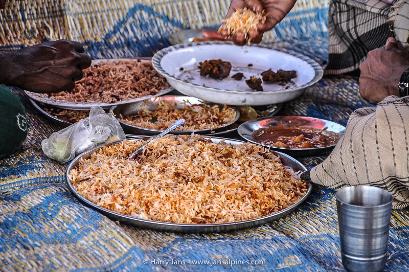 traditional Socotrian food (rice and fish)