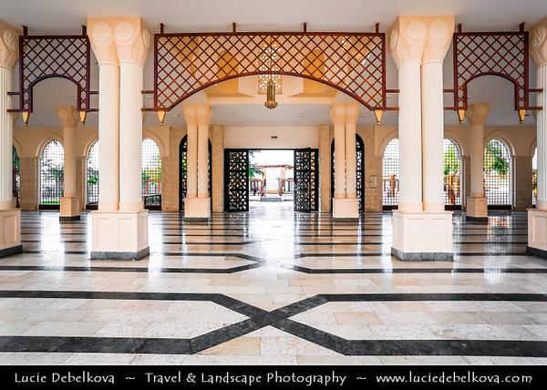 Jordan - Hashemite Arab Kingdom of Jordan - Aqaba - Aqabah - Jordanian coastal city situated at the northeastern tip of the Red Sea - Al-Sharif Al-Hussein bin Ali Mosque - Most beautiful building in Aqaba - Snow-white mosque influenced by the Northern African Islamic Architecture