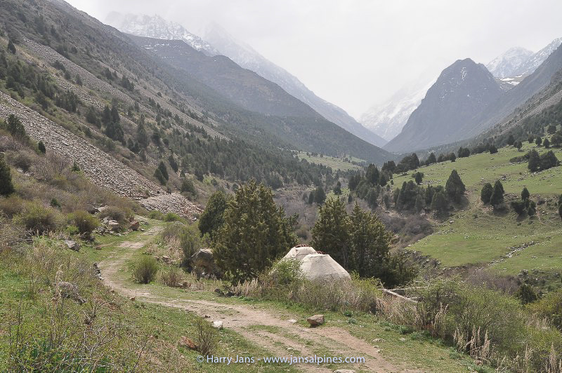 Alemedin valley near Bishkek
