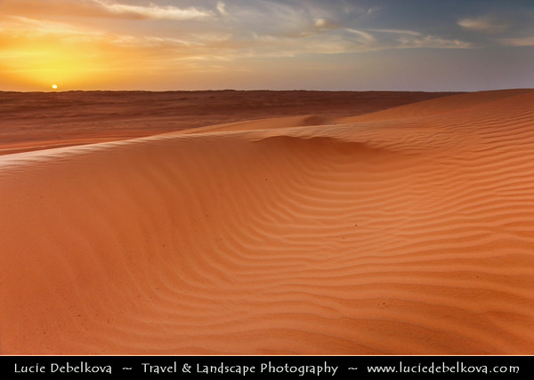 Middle East - Sultanate of Oman - Wahiba Sands - Ramlat al-Wahiba - Sharqiya Sands - Large desert area with beautiful sand dunes