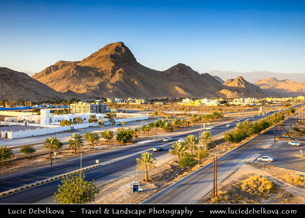 Middle East - Sultanate of Oman - Al Dakhiliyah Governorate - Bahla - Historical town situated at the foot of Djebel Akhdar highlands