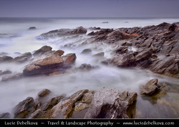 Middle East - Sultanate of Oman - Dhofar Province - Salalah Area - صلالة - Ṣalālah - Mirbat - مرباط - Coastal town along Indian Ocean during Khareef - Rainy Season bringing misty & foggy weather