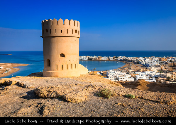 Middle East - Sultanate of Oman - Ash Sharqiyah Region - Sur - صور - One of ancient Omani maritime cities & important destination point for sailors on coast of Gulf of Oman - Cityscape from watchtower located high above town