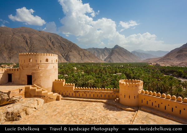 Middle East - Sultanate of Oman - Al Batinah Region - Nakhal Fort - Nakhl -  قلعة نخل - Qalʿa Nakhal - One of the most spectacular forts dramatically located at the edge of the Jebel Akhdar Mountains