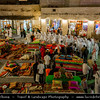 Middle East - Qatar - Doha - الدوحة‎ - ad-Dawḥa - ad-Dōḥa - Souq Waqif - Shopping destination built traditional architectural style