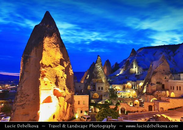 Turkey - Türkiye - Central Anatolia - Nevşehir Province - Cappadocia - Capadocia - Kapadokya - Kappadokía - UNESCO World Heritage Site - Göreme National Park - Spectacular volcanic surrealistic landscape entirely sculpted by erosion with Fairy Chimneys rock formation