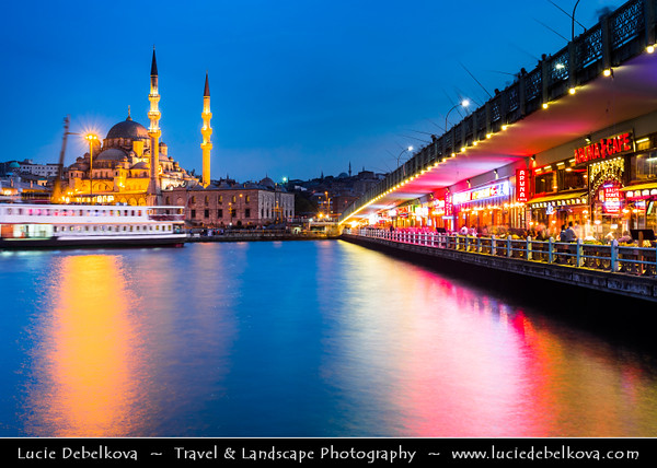 Turkey - Türkiye - Istanbul - Ancient Byzantium & Constantinople - Yeni Cami - The New Mosque - Mosque of the Valide Sultan - Yeni Valide Camii - Ottoman imperial mosque located on the Golden Horn at the southern end of the Galata Bridge in the Eminönü district - One of the best-known sights of Istanbul