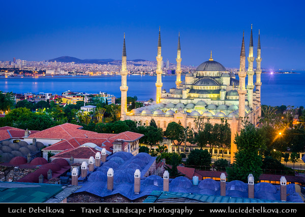 Turkey - Türkiye - Istanbul - Ancient Byzantium & Constantinople - Sultanahmet - Historical Old Town - UNESCO World Heritage site - Historic Areas of Istanbul - Sultan Ahmed Mosque - Sultanahmet Camii - Blue Mosque - One of the most famous monuments of Turkish and Islamic art - Historical Mosque with 6 minarets along with 8 domes & 1 main one - One of the best-known sights of Istanbul
