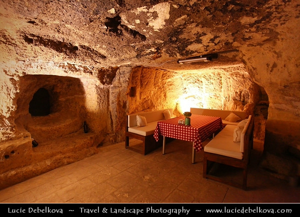 Turkey - Türkiye - Gaziantep - Antep - One of the oldest continually inhabited cities in the world - TUDYALI KONAK BUTİK OTEL - Cave Restaurant