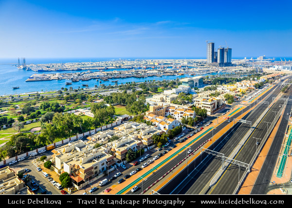 Middle East - GCC - United Arab Emirates - UAE - Emirate of Abu Dhabi - Abu Dhabi - Corniche along the sea shore