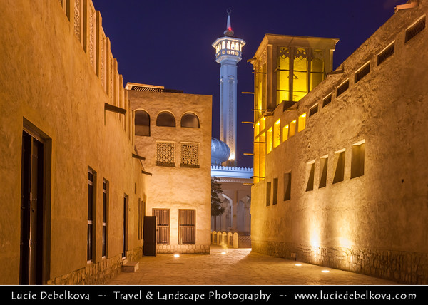 Middle East - GCC - United Arab Emirates - UAE - Dubai - Bastakiya quarter - Historical neighborhood established at the end of the 19th century by well-to-do textile and pearl traders from Bastak, Iran - Labyrinthine lanes are lined with restored merchant's houses, art galleries, cafés, and boutique hotels