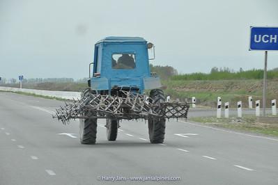 Uzbek tractor