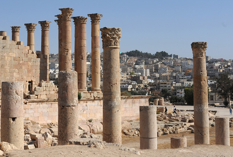 Temple of Artemis and the view of modern Jerash behind it