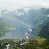 Geiranger: Flydalsjuvet: Rainbow over ships