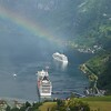 Geiranger: Flydalsjuvet: Rainbow over ships zoom
