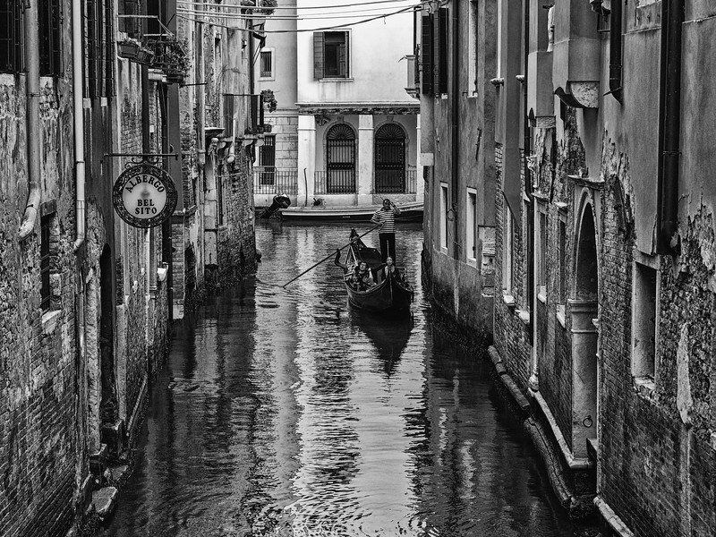 Venetian Transportation in Black & White