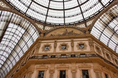 Vittorio Emanuele II shopping mall (Galleria Vittorio Emanuele II)