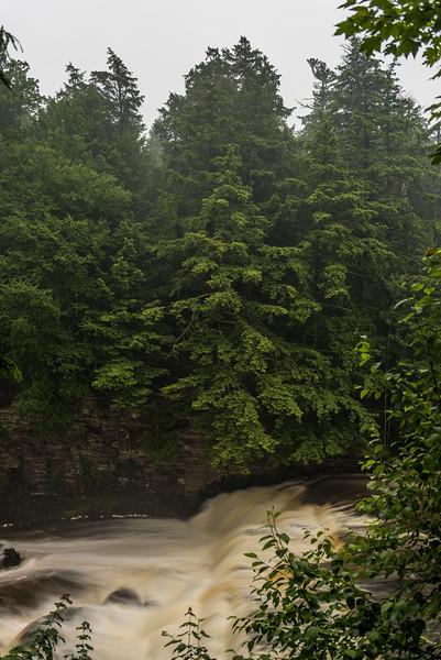 Nawadaha Falls, Presque Isle River. Porcupine Mountains, Michigan.