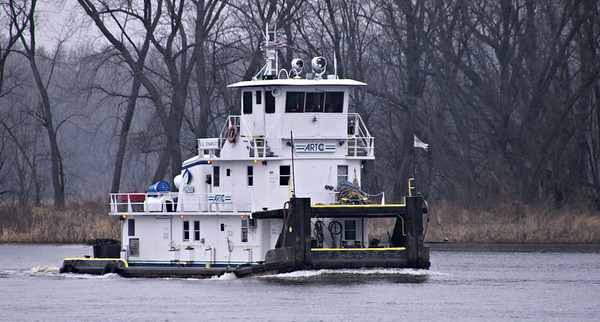 Mississippi River traffic