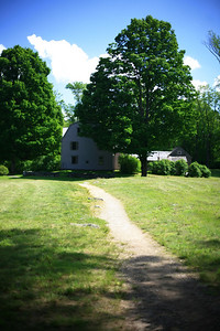 The Old Manse, which overlooked the North Bridge back in the day. Now, there are too many trees in the way.