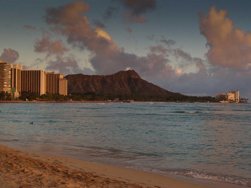 Sunset at Waikiki Beach, Honolulu, Hawaii    Diamond Head in the foreground