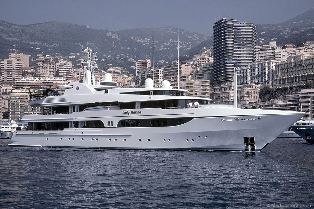 Yacht LADY MARINA with AS355N HB-XIQ @ Monaco 28May01