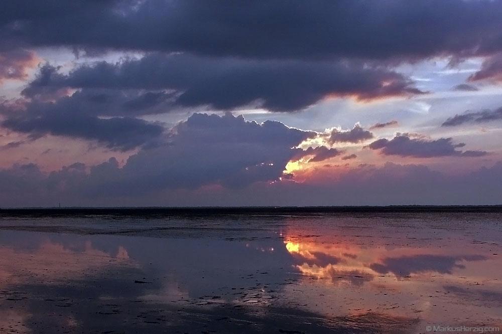 Sunset at Ostfriesland @ Nessmersiel Germany 19Jul04