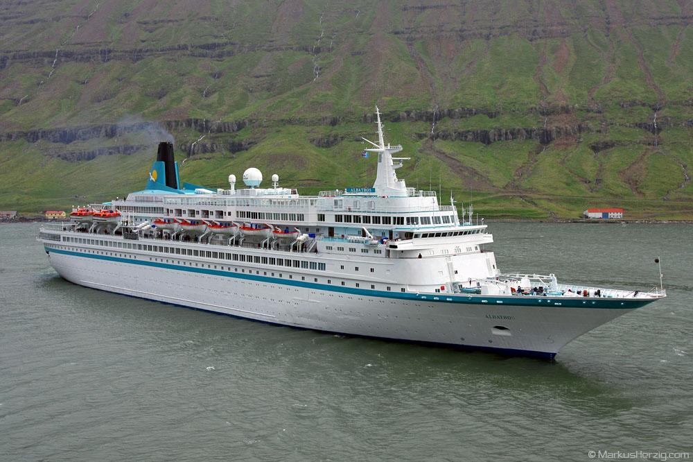 Cruise ship ALBATROS @ Seydisfjördur Iceland 6Aug09