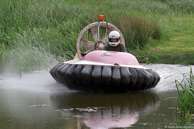 Flying Hovercraft @ Wales 22Jul06