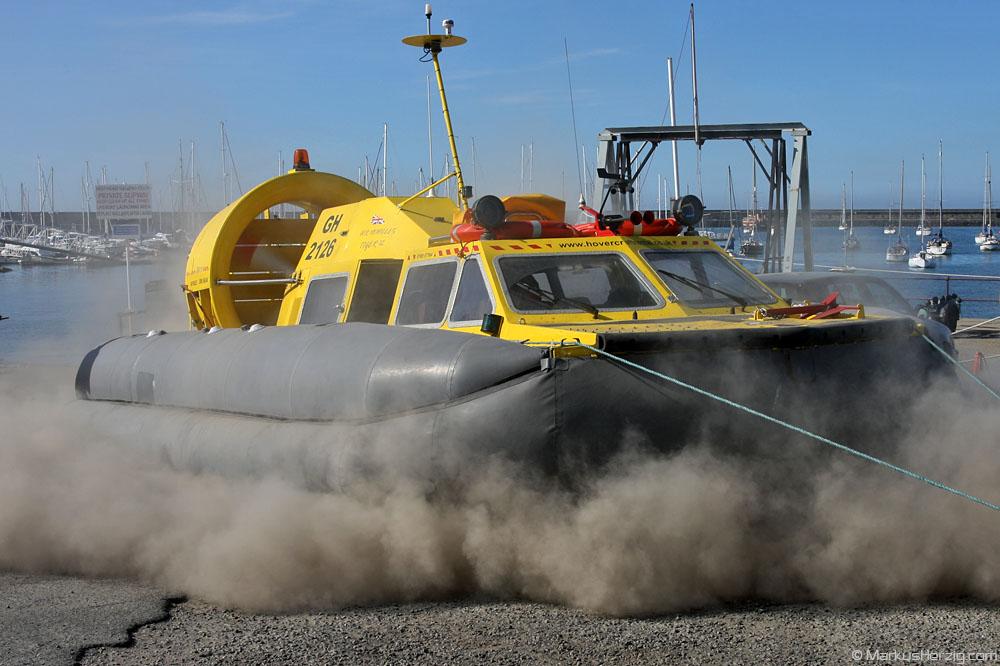 Tiger 12 GH-2126 Hovercraft Rental @ Holyhead Wales 27Jul08