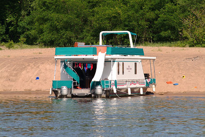 Another houseboat beached on an island on the Mississippi.  This was a REALLY cool trip to take.