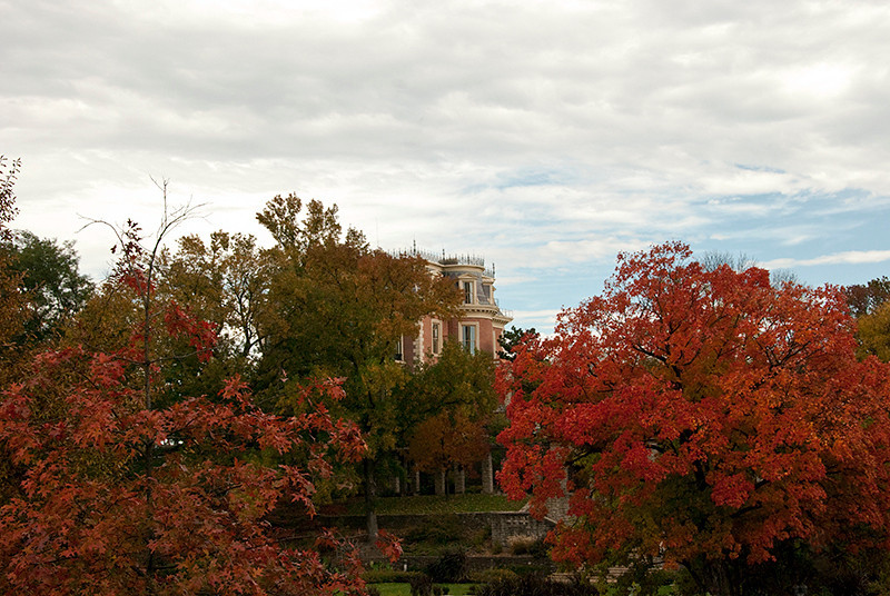 Governor's Mansion through the trees.  Jefferson City, MO