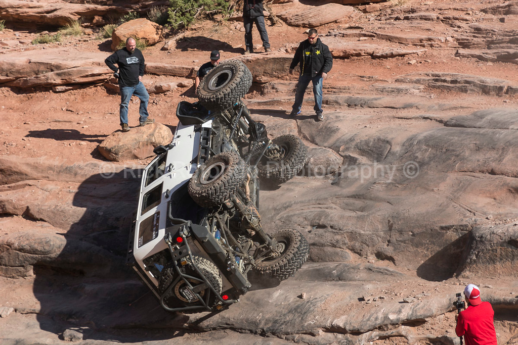 IMAGE: https://photos.smugmug.com/Travel/Moab-Easter-Jeep-Safari-April-2017/Monday-April-10th/i-j6btTbh/0/d3c28e16/XL/DSC_5919-XL.jpg