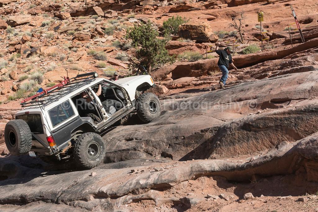 IMAGE: https://photos.smugmug.com/Travel/Moab-Easter-Jeep-Safari-April-2017/Monday-April-10th/i-v5QRghd/0/5cb65f7c/XL/DSC_5908-XL.jpg
