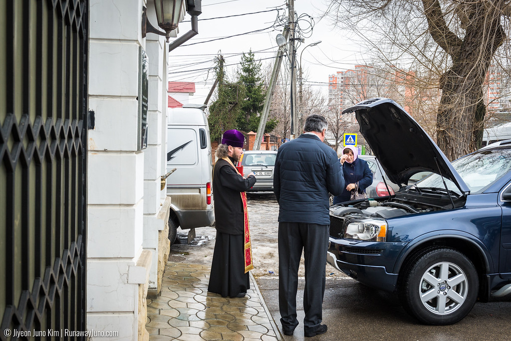 Blessing of a car at Ciuflea Monastery (St. Theodor Tiron Convent)