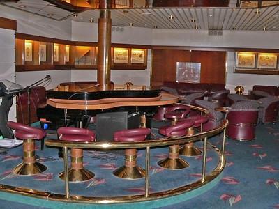 Piano (and smoking area) in the Schooner Bar
