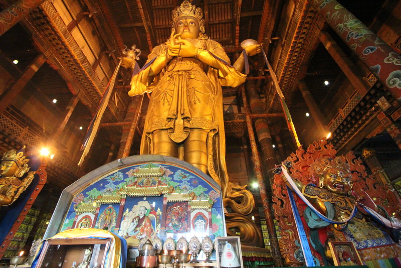 """It's hard to describe how tall this Buddha was.. <a href=""""https://en.wikipedia.org/wiki/Avalokite%C5%9Bvara"""">https://en.wikipedia.org/wiki/Avalokite%C5%9Bvara</a>"""